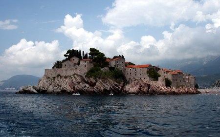 Полуострво Свети Стефан, поглед са мора