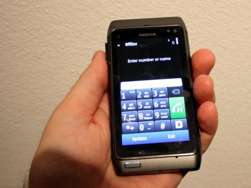 Nokia N8 са панелом за бирање телефонског броја