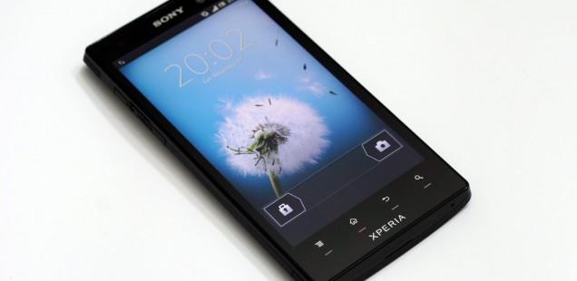 SONY XPERIA ION, предња страна уређаја